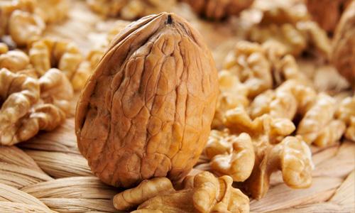 грецкий орех для кормящих мам