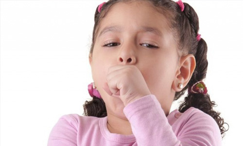 Почему возникает сухой лающий кашель у ребенка и чем его лечить