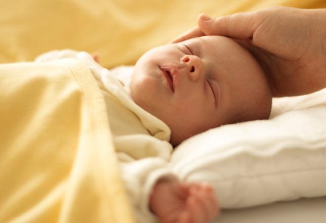 грудничок не спит днем