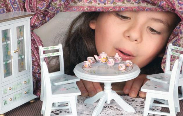 игрушка в подарок девочке
