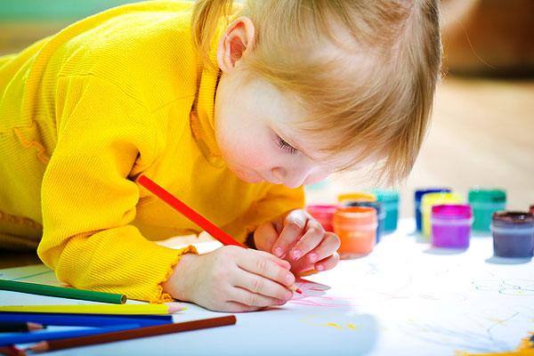 ребенок развитие рисование