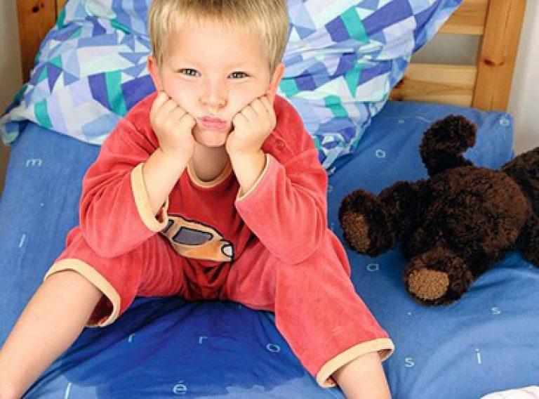 У ребенка недержание мочи что делать