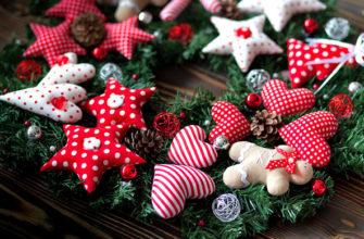 рождественский венок из фетра