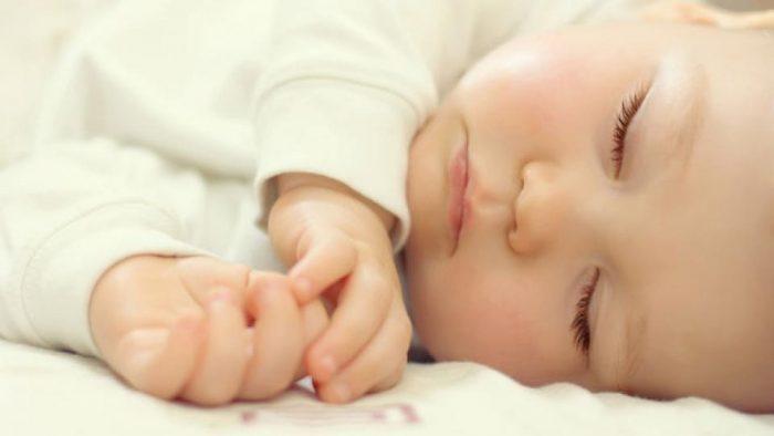 как разбудить ребенка