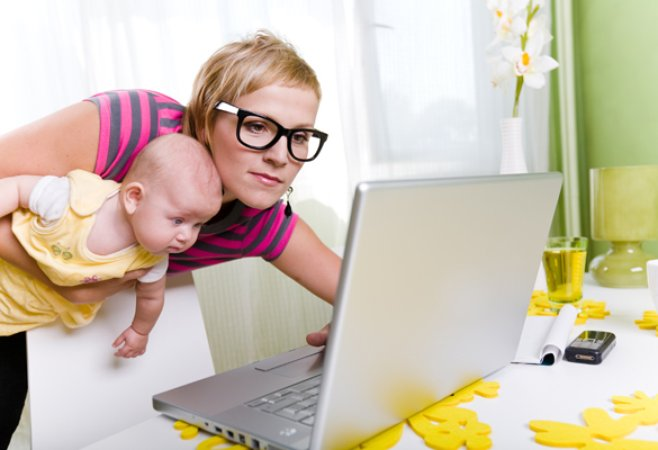 мама в декрете и занятость