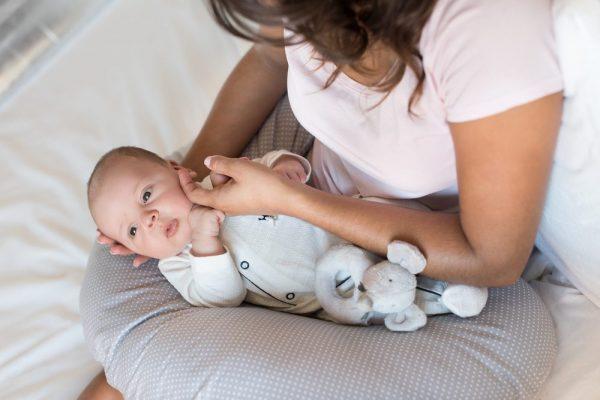 способы как разбудить младенца