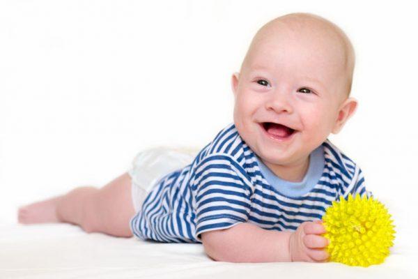 развивающие игры для ребенка в 4 месяца