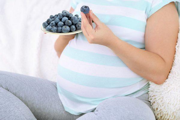 черника при беременности