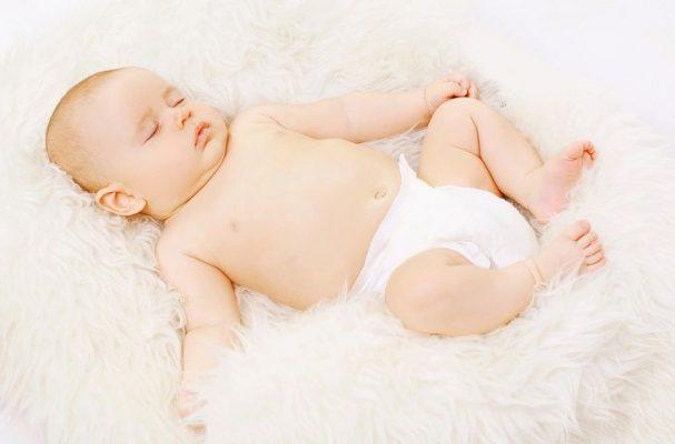 памперсы нужно одевать перед сном