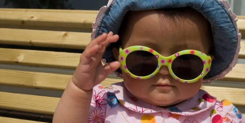 как ухаживать за кожей младенца летом
