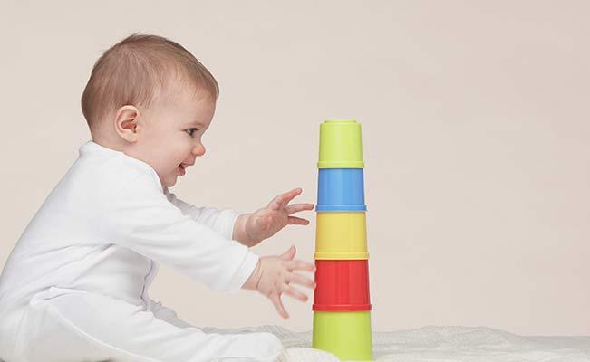 азвивающие занятия для ребенка в 5 месяцев