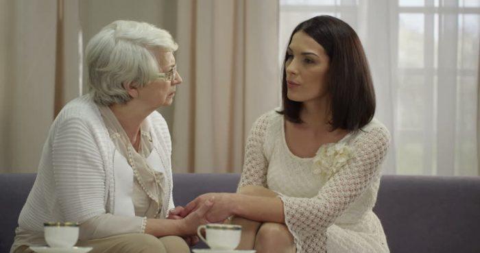 как избавиться от гиперопеки бабушки