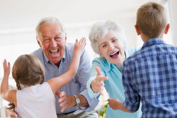 причины гиперопеки бабушки