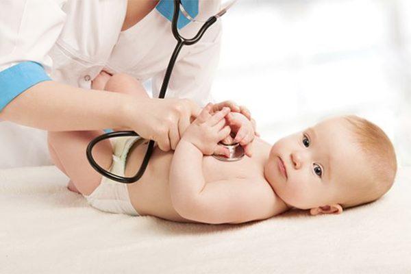 признаки отставания в развитии ребенка в 6 месяцев