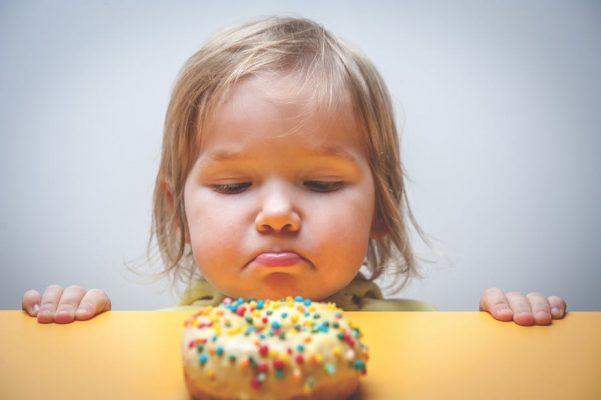 детям нельзя давать магазинные сладости