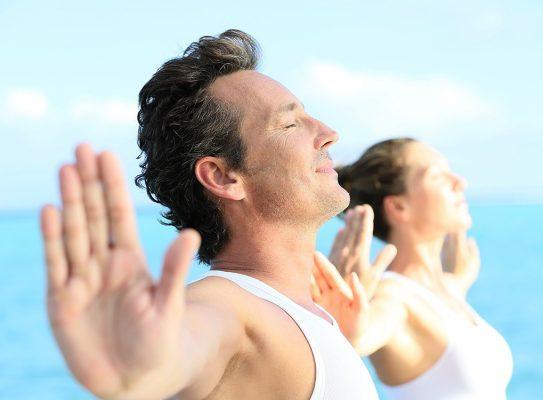 совместные занятия йогой помогают справиться с психологическим бесплодием