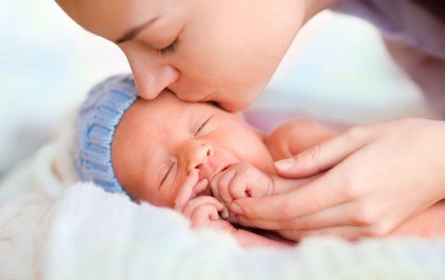 как бороться с вздрагиванием во сне у ребенка