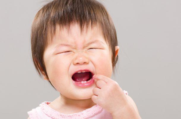 ребенок прикусил язык, симптомы