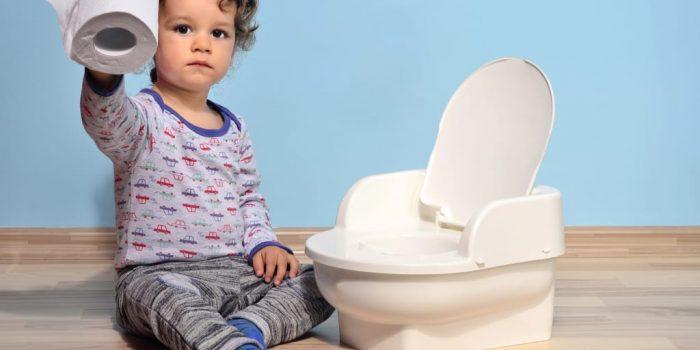 почему у ребенка недержание кала
