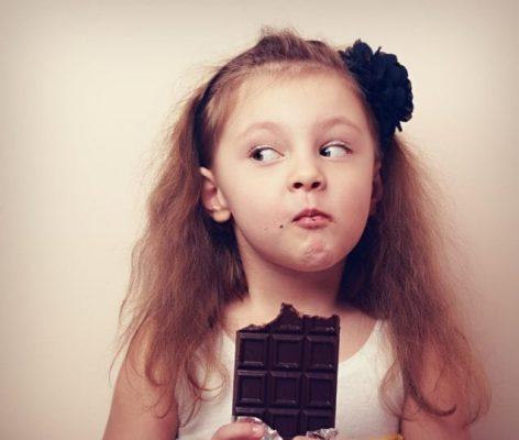 привычка заедать стресс сладостями