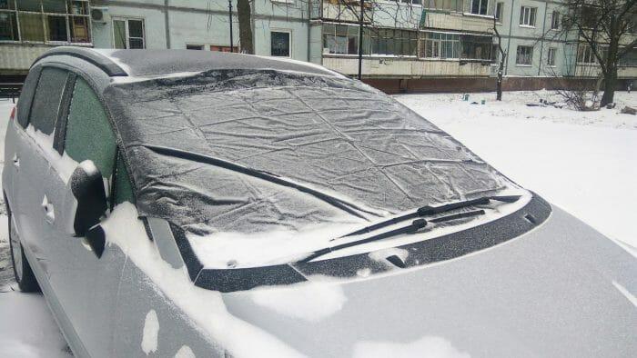 лобовуха в снегу